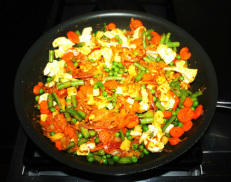 Mix the vegetables with onion masala